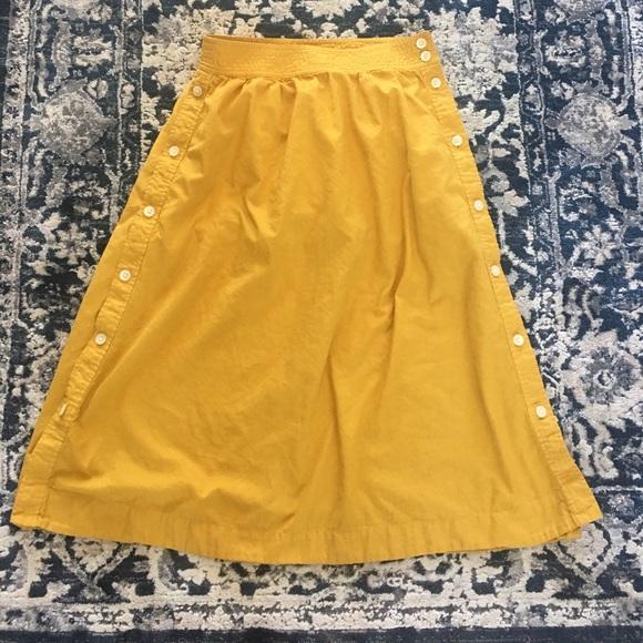 e55865f3c6ec Madewell Dresses & Skirts - Madewell Side-Button skirt
